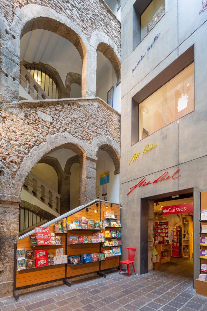 Escaliers de la Librairie Arthaud