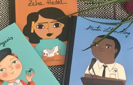 Petit et Grand : une collection de livres pour enfants